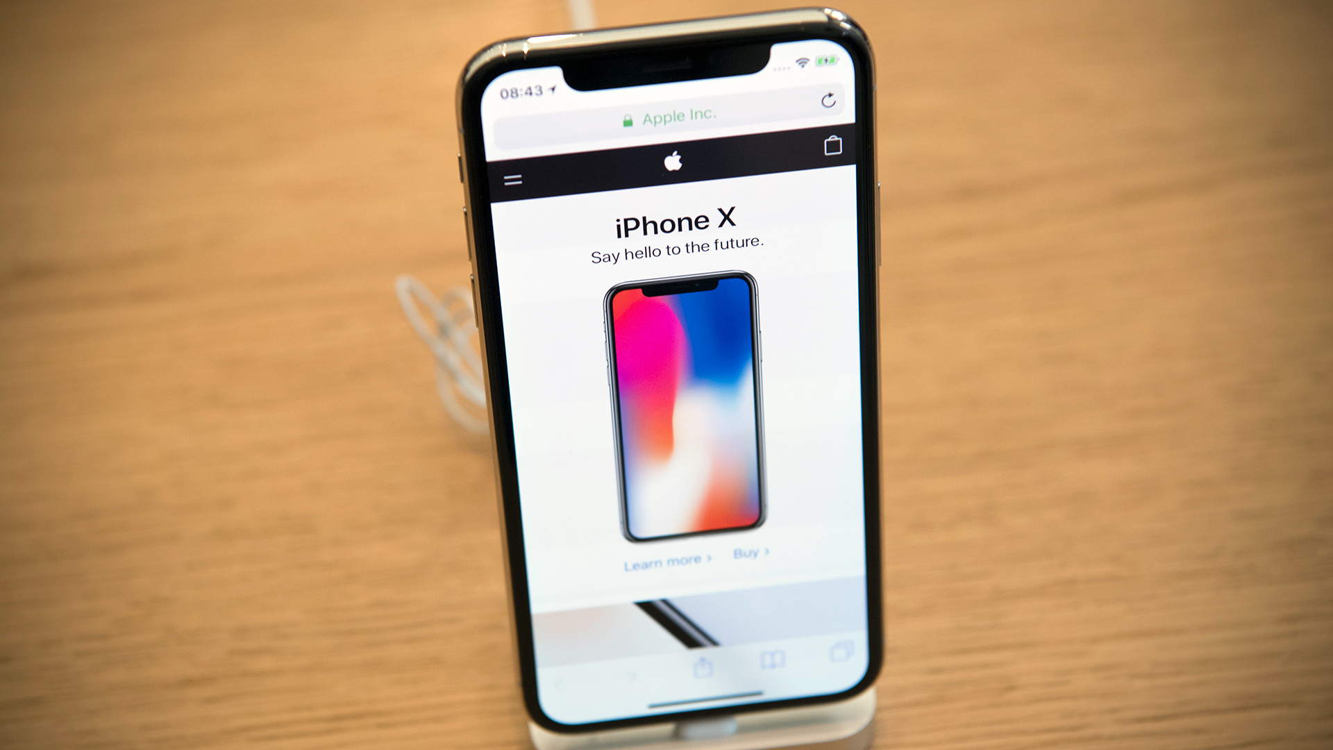 Want A New Iphone Here Are The Best Black Friday Deals
