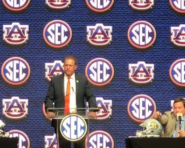 Malzahn: Auburn 'laid an egg' in Peach Bowl loss to UCF