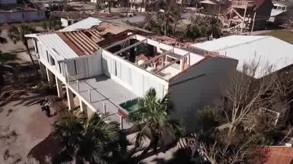 MOUNTING_TOLL_OF_HURRICANE_MICHAEL_0_20181013114031