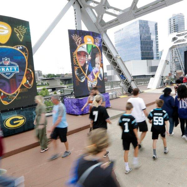 NFL Draft Football_1556416428189