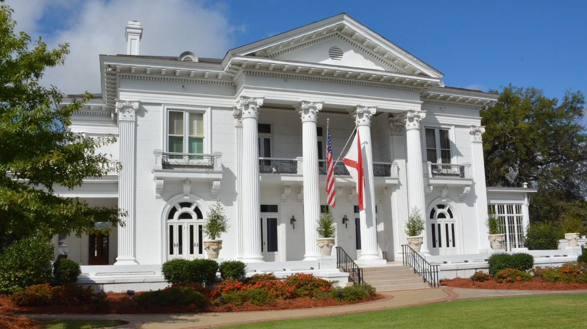 Mansion-Front_1555344511313.jpg
