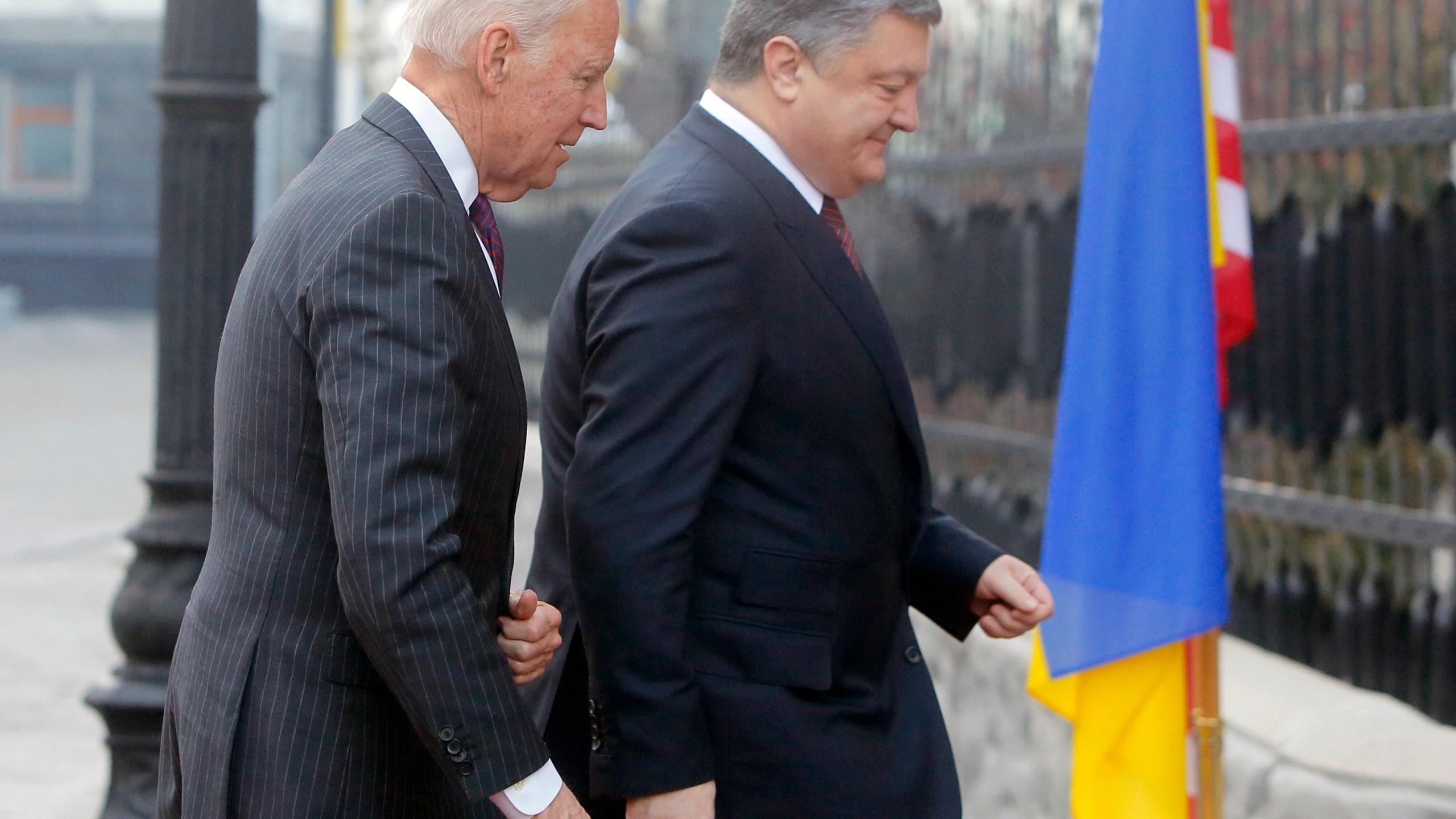 Joe Biden, Petro Poroshenko